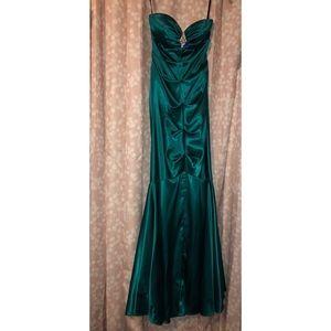 Dresses & Skirts - Teal Mermaid Style Prom Dress; 2P